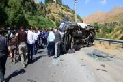 Bakan konvoyunun geçişinde kaza: 6 yaralı