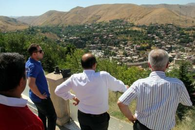 Vali Ustaoğlu'ndan 'beş minare' açıklaması